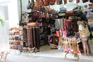 leather goods shopping in playa del carmen