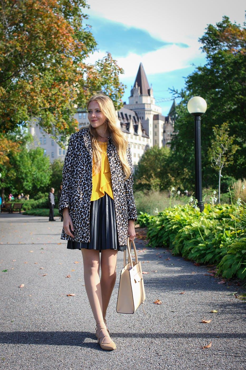 Work Wear Wednesday: Leopard coat & lace up flats