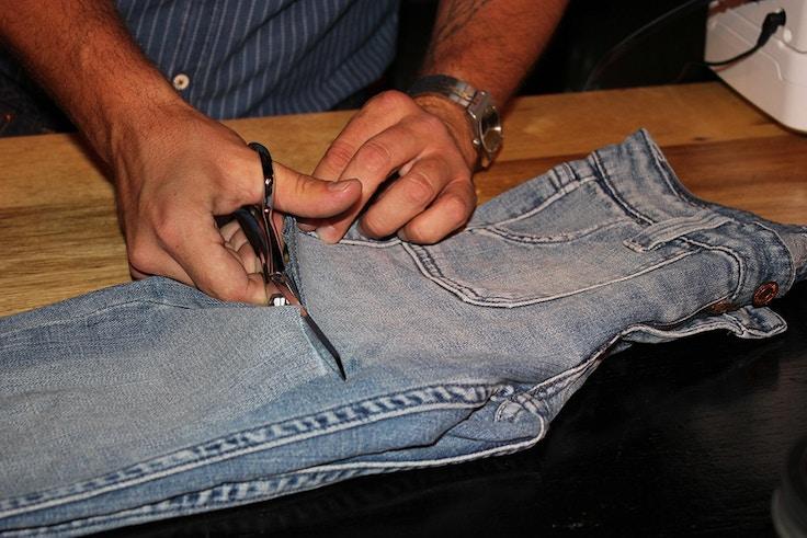 levis diy cut off shorts