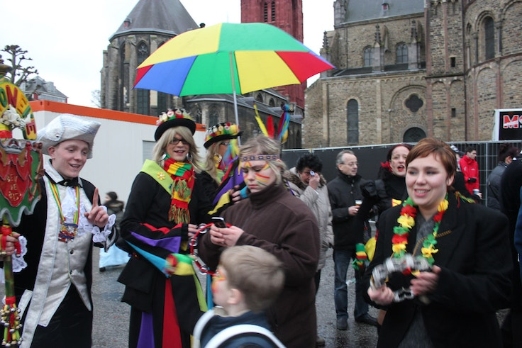 maastricht carnaval costumes