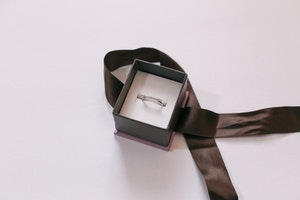 michael hill diamond bar dainty ring