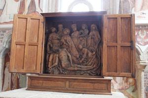 midieval wood carving