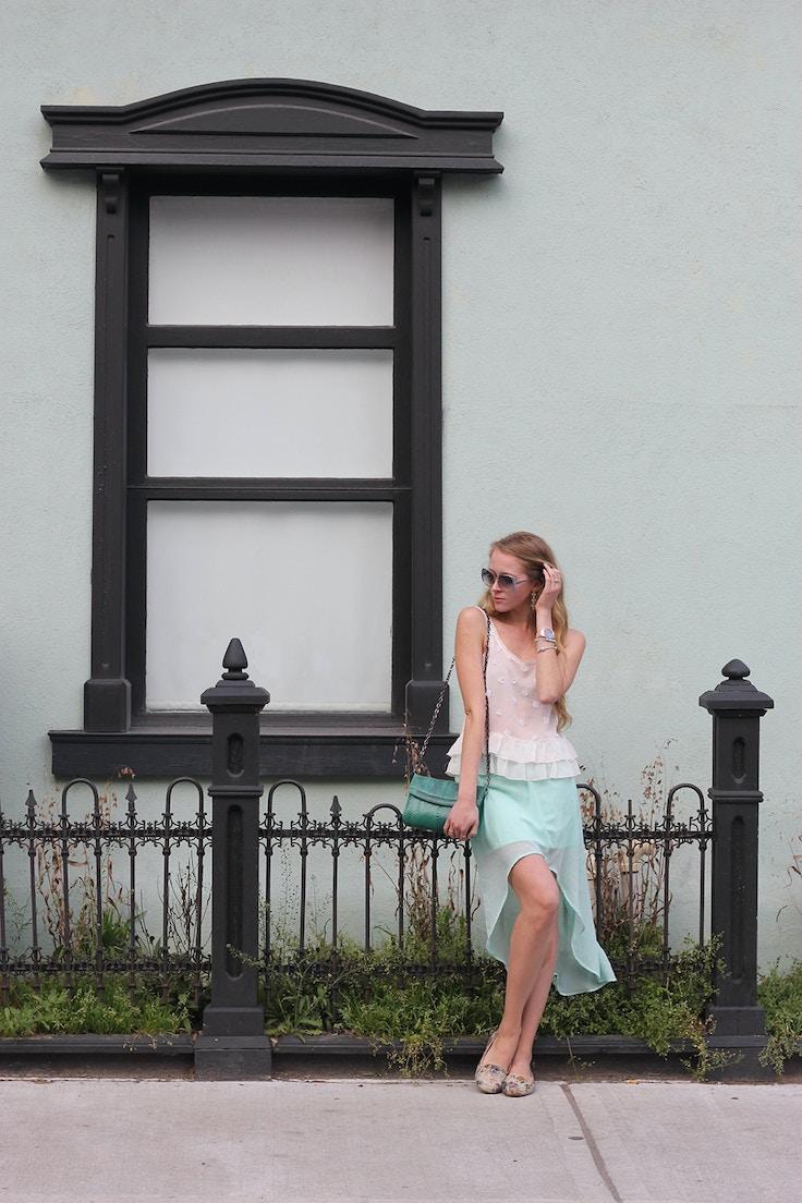 mint building mint outfit