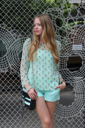 mint outfit 2