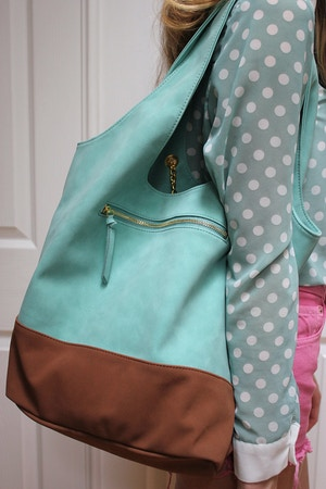 mint tote giveaway nowistyle