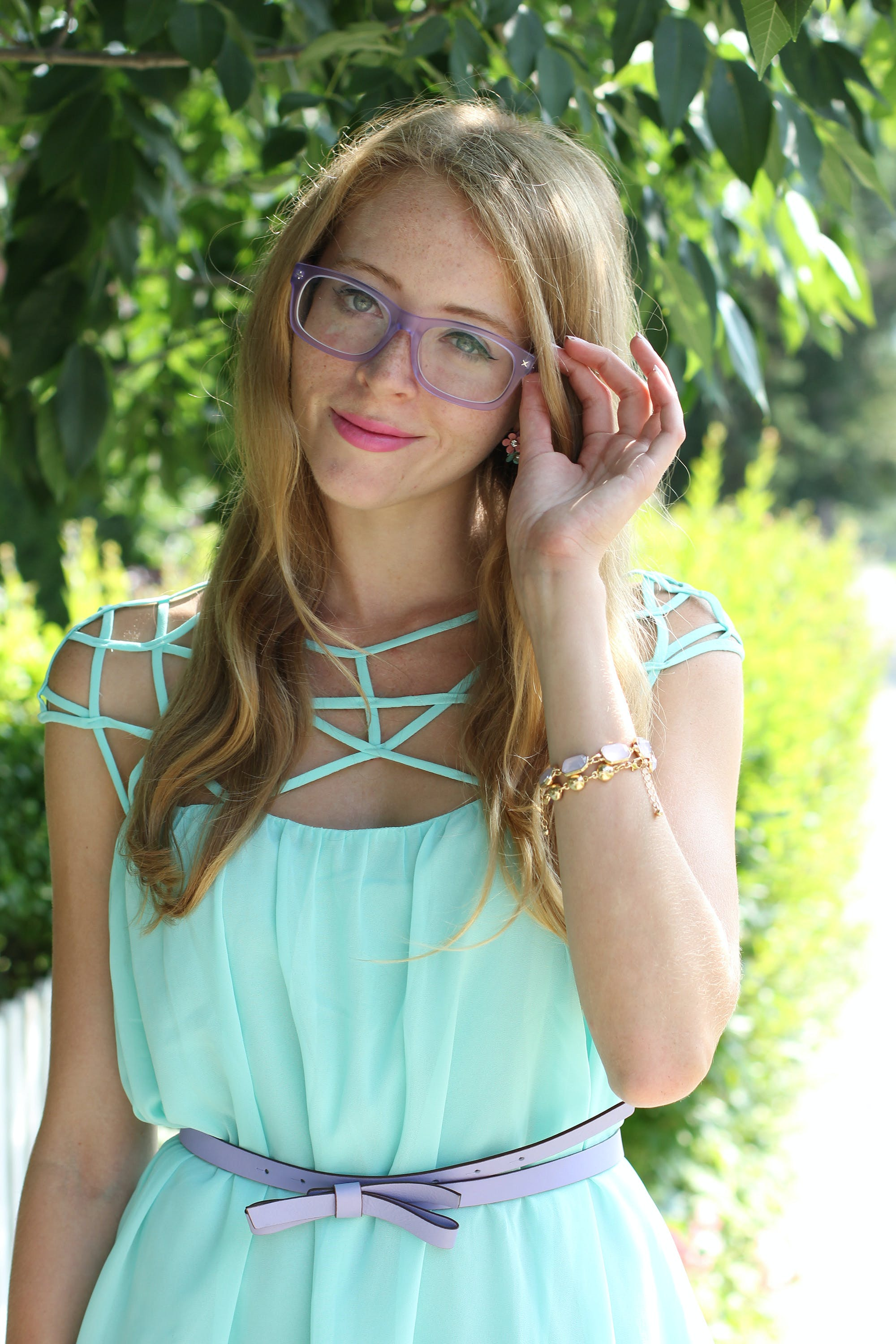Mint cage chiffon dress + matte Derek Cardigan glasses