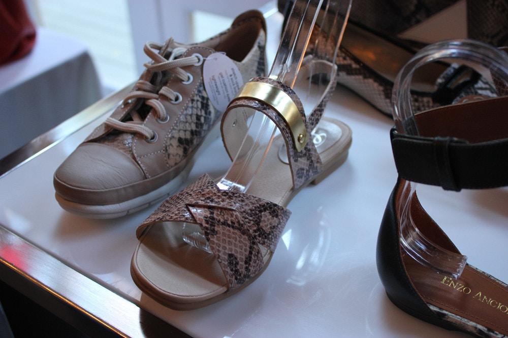nine west spring 2014 comfy snakeskin sandal