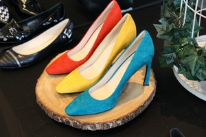 nine west fall 2015 primary colour pumps