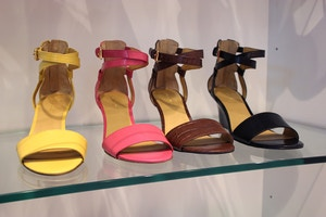 nine west low wedges