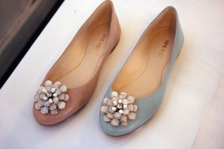 nine west spring 2014 pink and blue flats