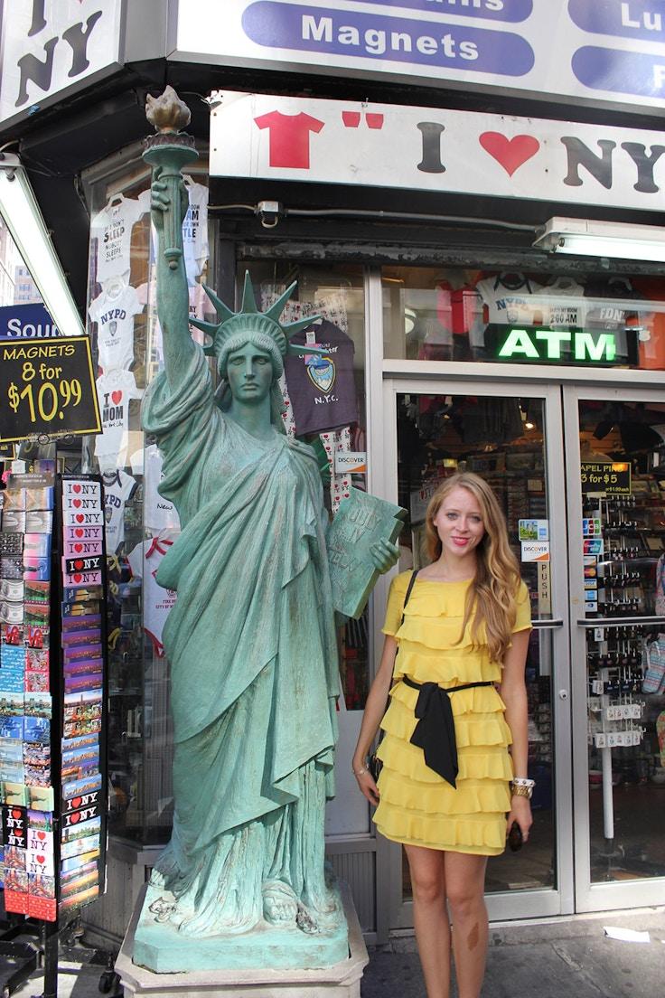 nyc souvenir store