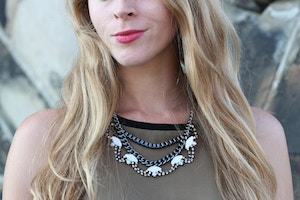 olsen europe statement necklace