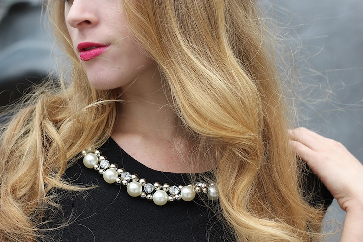 pearls on dress pink lips