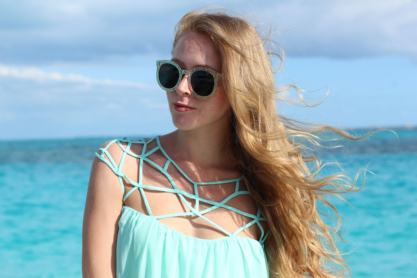 Caribbean Sea blues + Polette eyewear giveaway