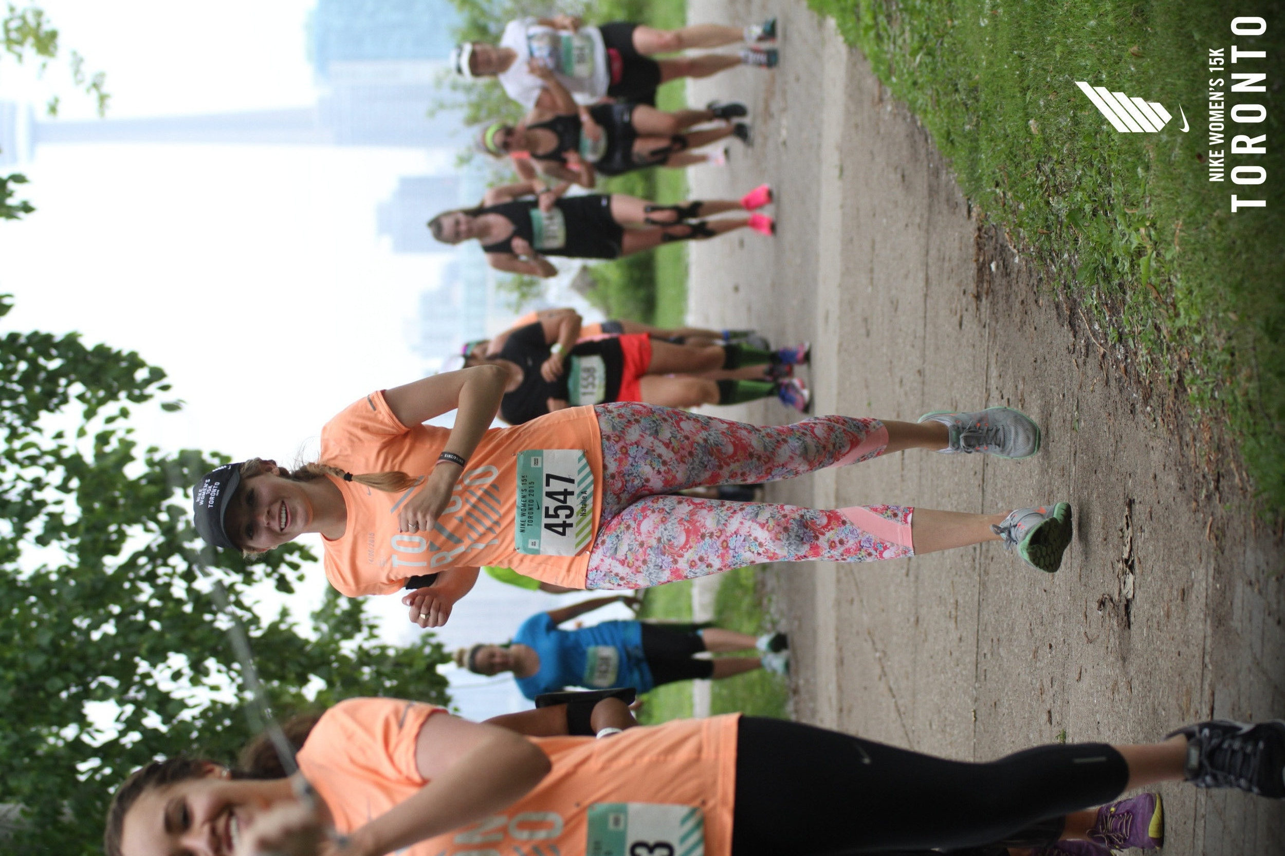 nike women's 15k toronto race photo