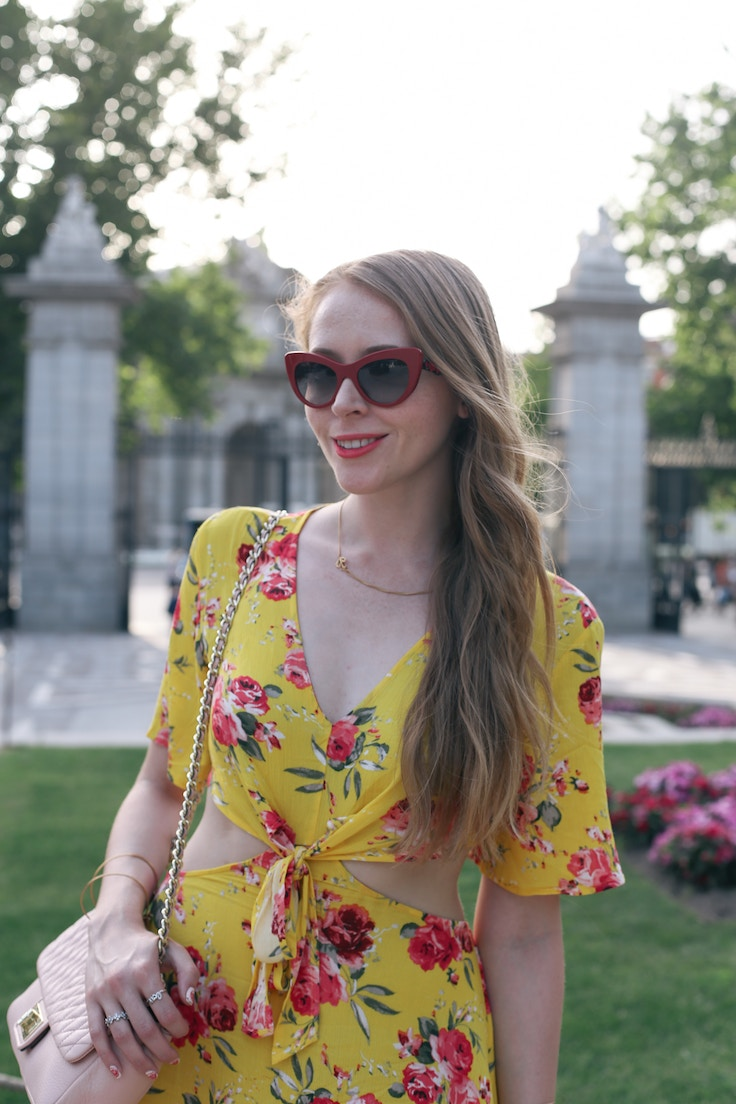 red dolce and gabbana cat eye sunglasses (1 of 1)