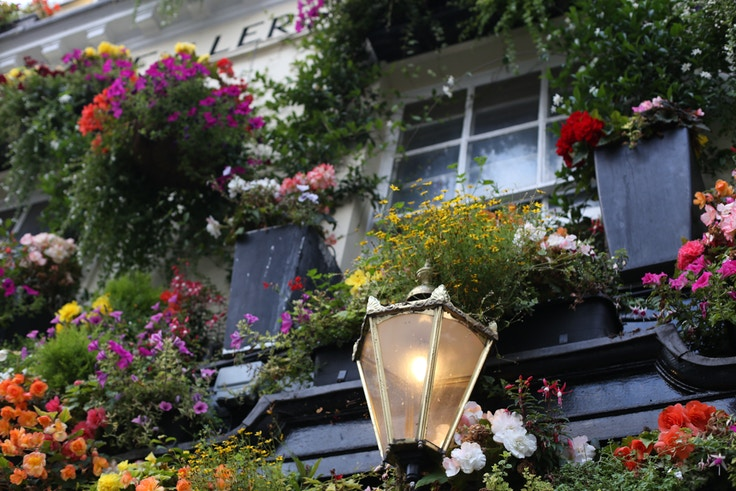 london churchill arms pub