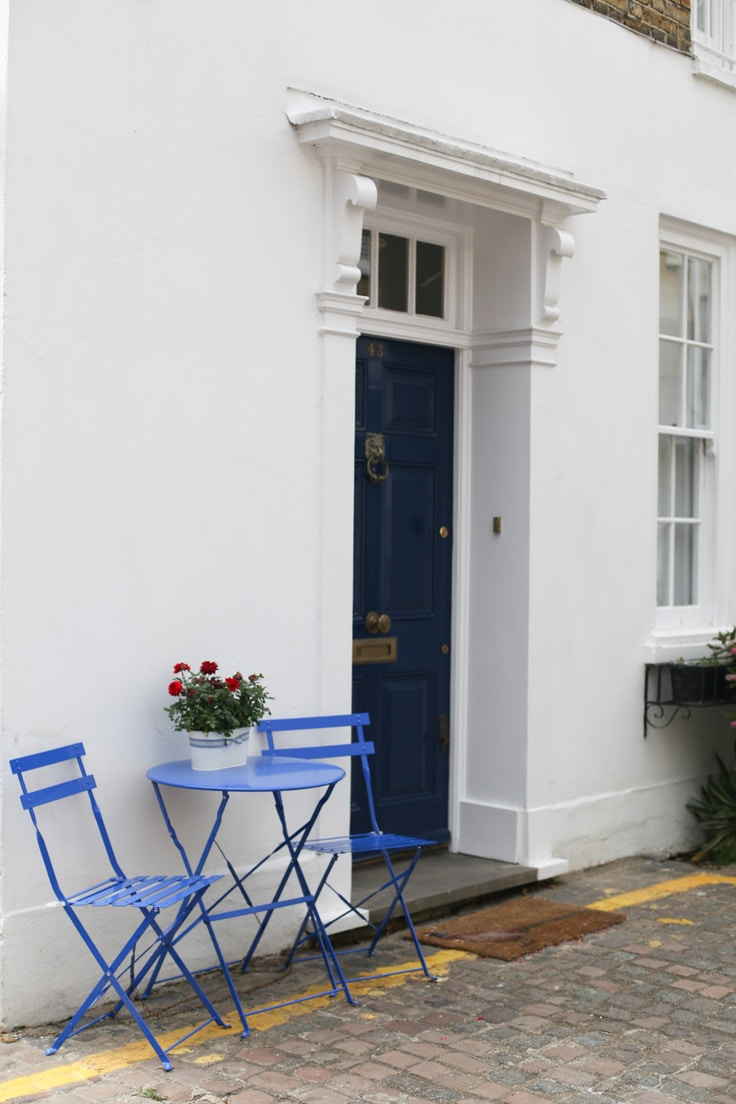 entrance to a home in chelsea london