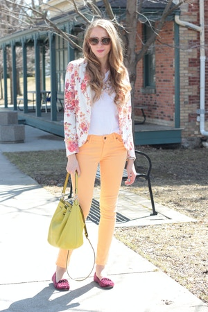 rich and skinny cantaloupe color jeans
