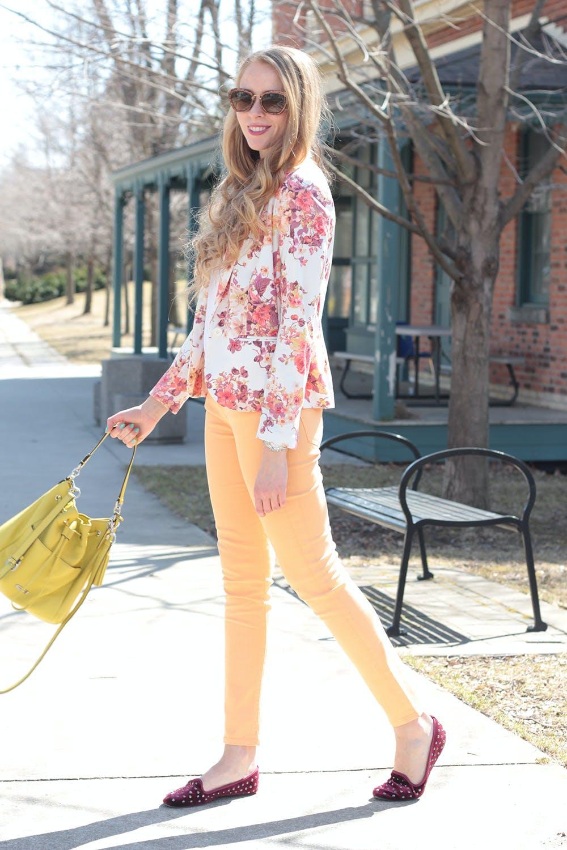 Floral print blazer + peach Rich & Skinny jeans