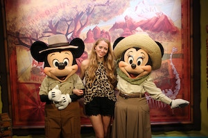 safari mickey and minnie