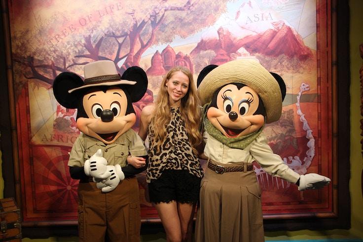 safari mickey and minnie