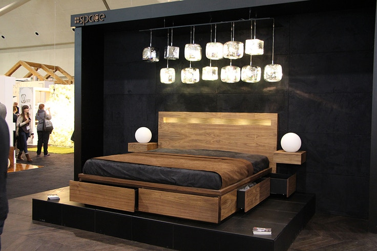 space wood bed