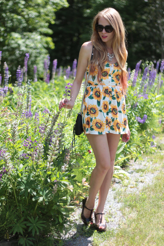 Sunflower print romper – How I wore it!