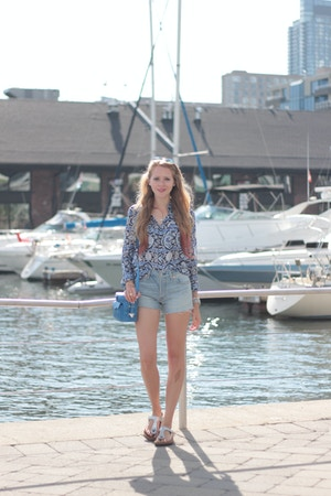 toronto harbourfront levi's cut off shorts