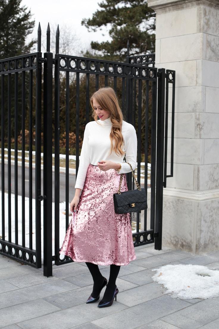 turtleneck pink sequin skirt chanel bag (1 of 8)