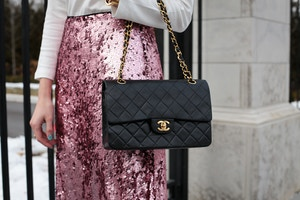 turtleneck pink sequin skirt chanel bag (5 of 8)