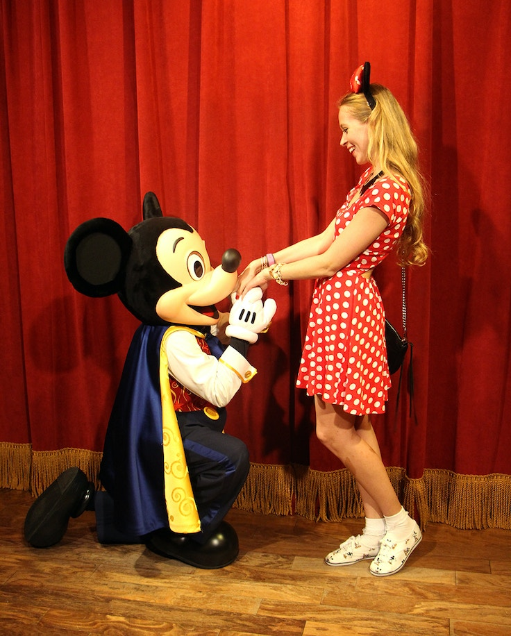when mickey mouse met minnie mouse