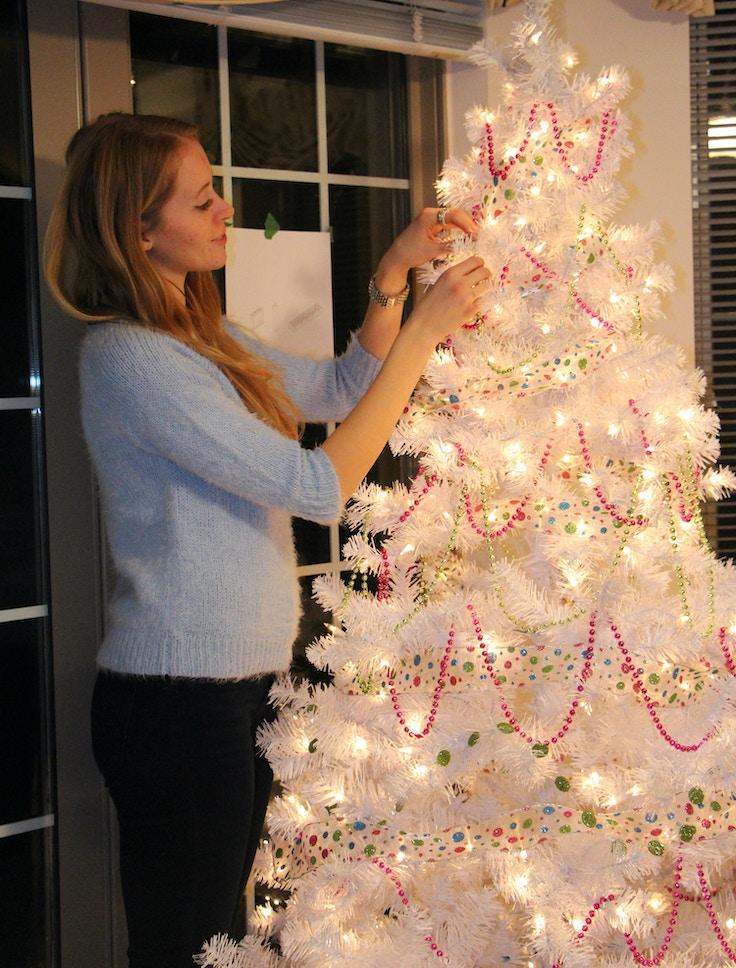 white christmas tree garland