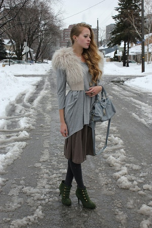 winter outfit fur vest