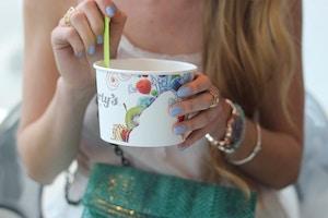 yogurtys queen west froyo