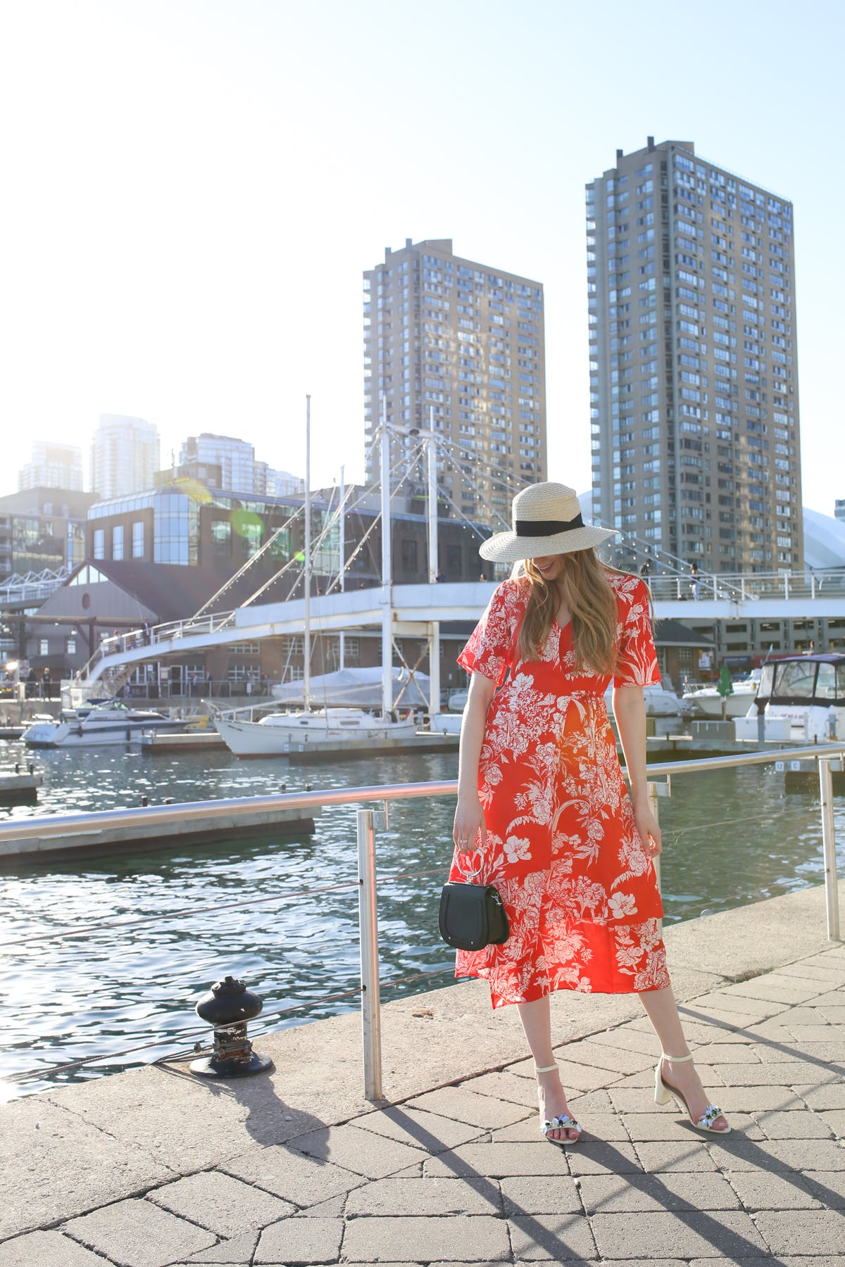 How to wear a red wrap dress | Summer in the City with H&M