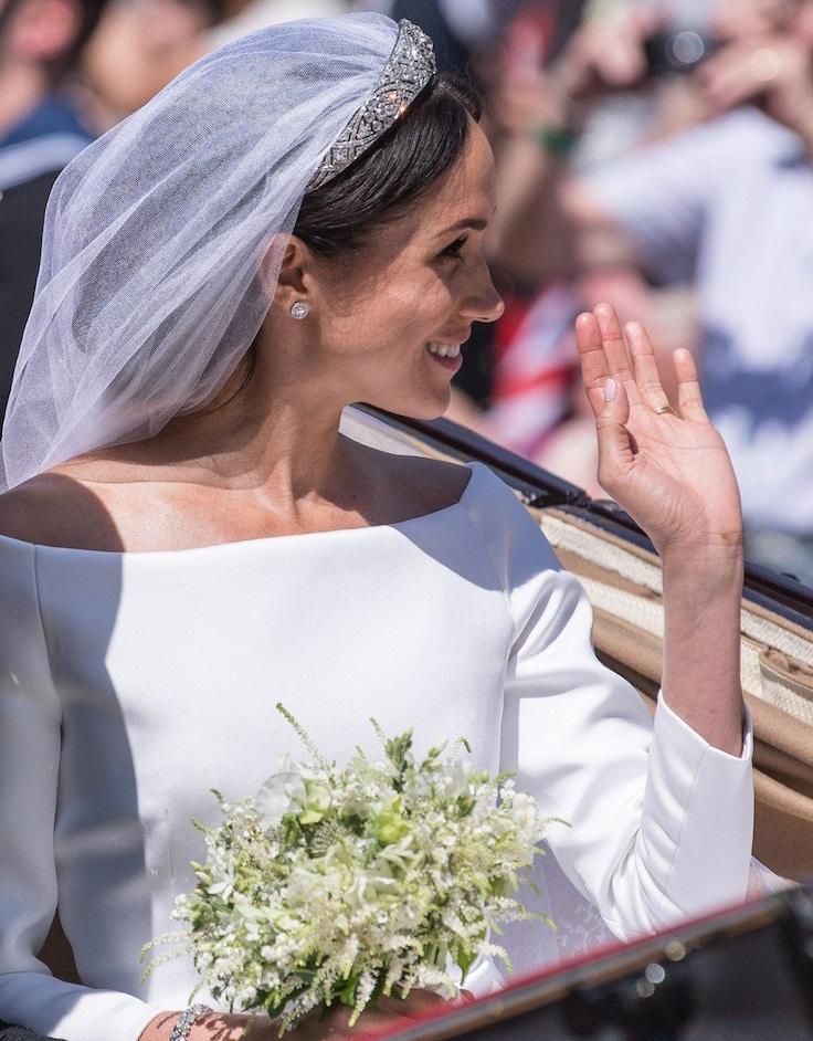 meghan markle wedding day tiara