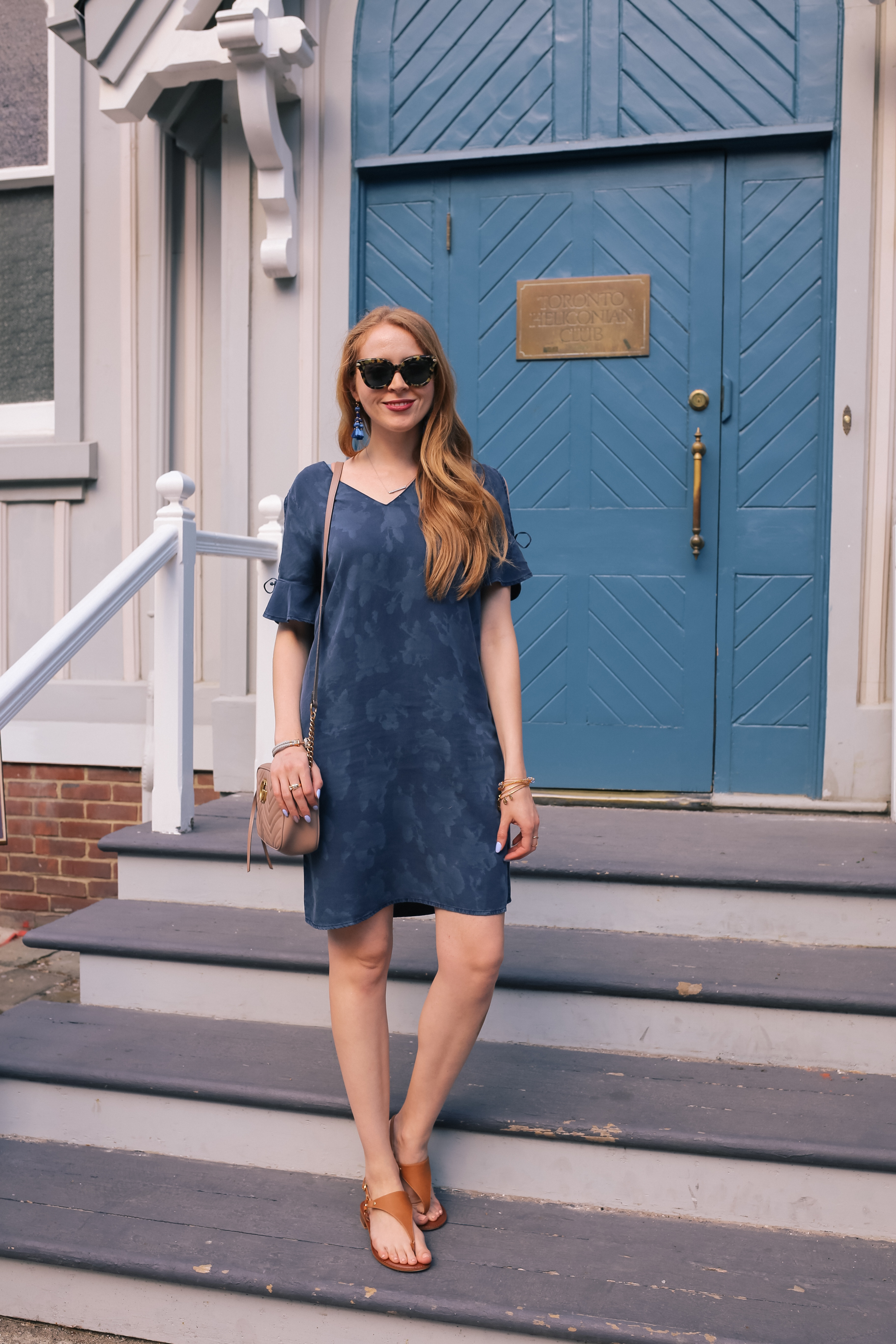 denim dress with gucci marmont shoulder bag