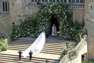 meghan markle wedding dress veil train givenchy