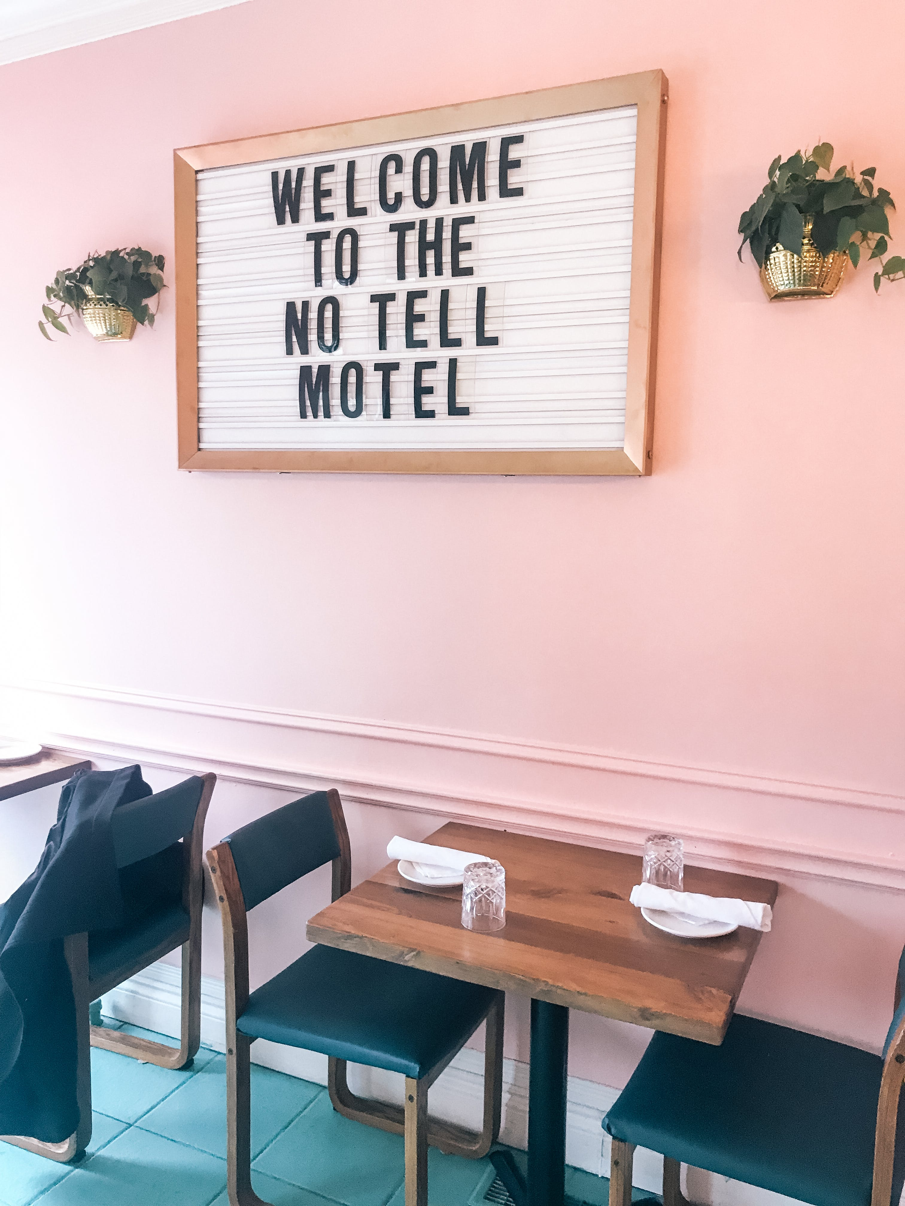 motel restaurant hamilton
