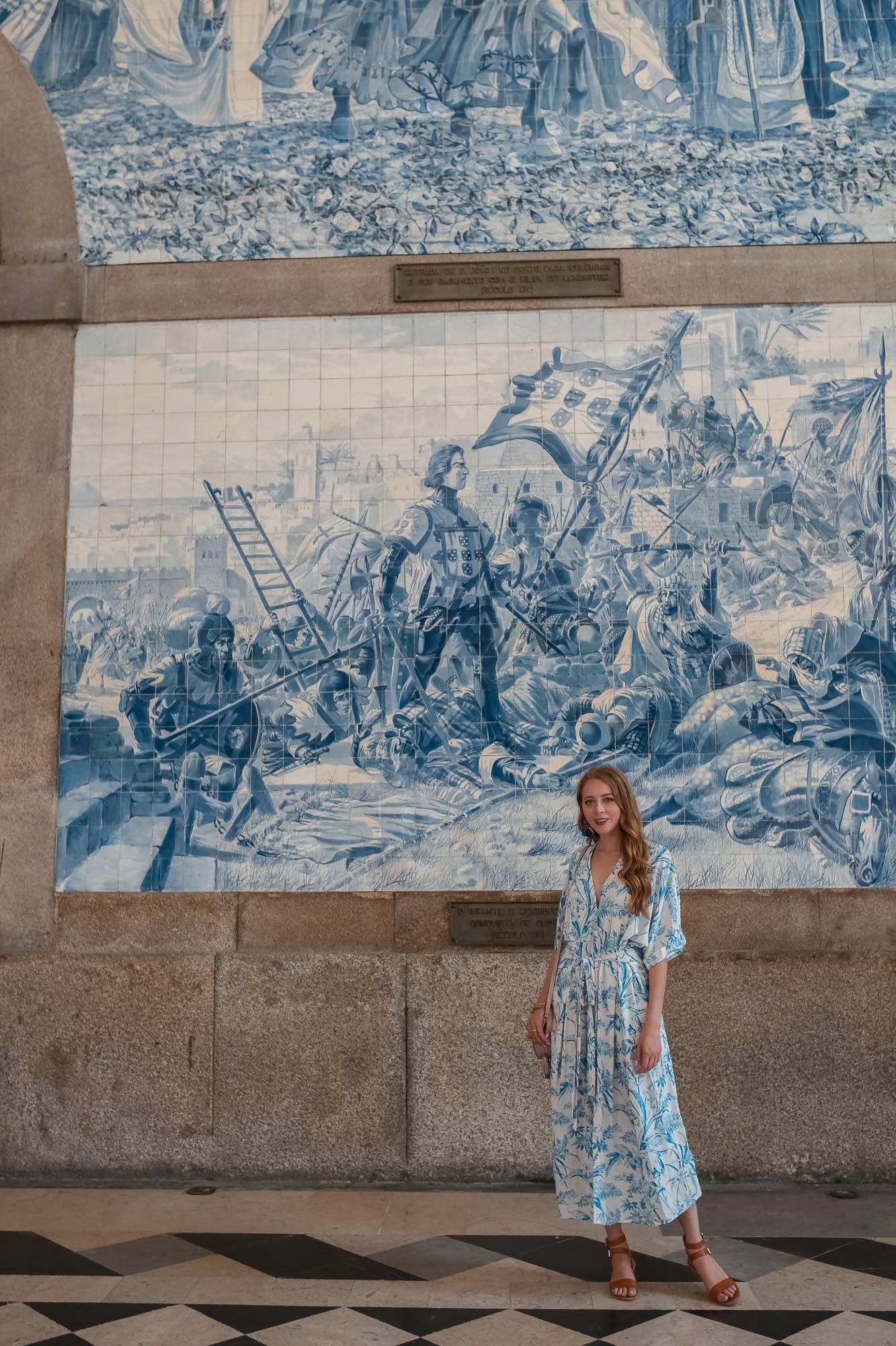 São Bento porto train station azulejos