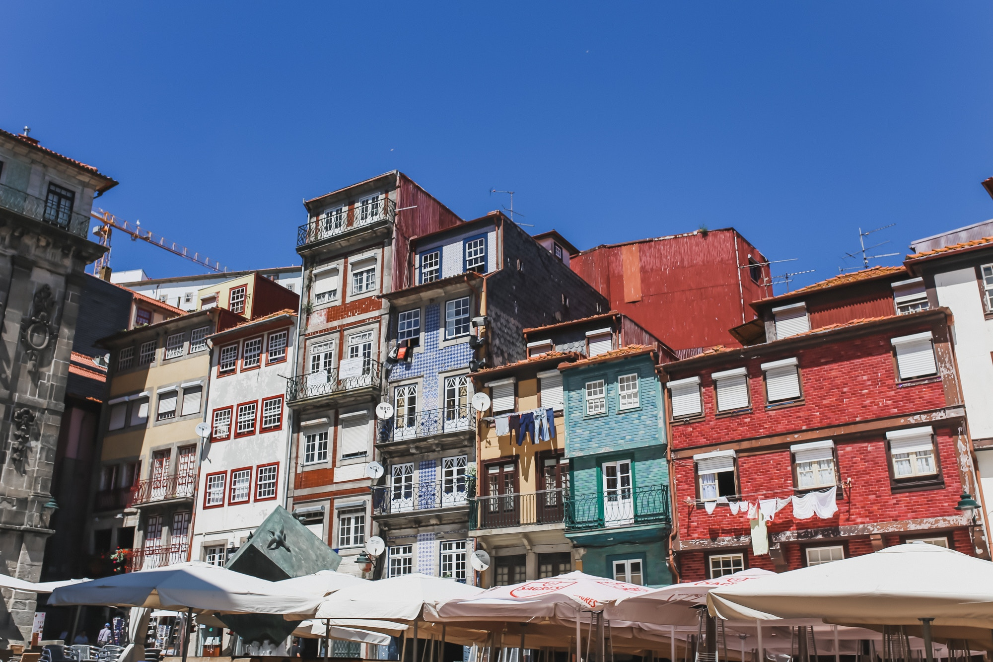 porto's ribeira district buildings