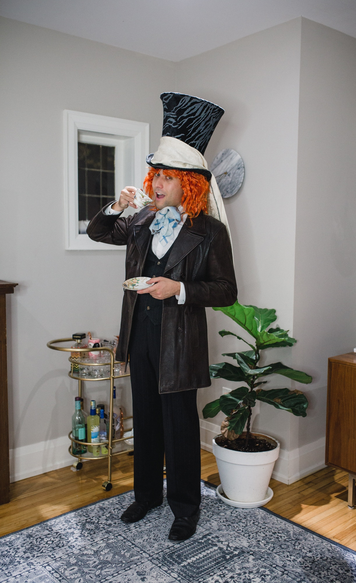 DIY Mad Hatter Alice in Wonderland Costume idea