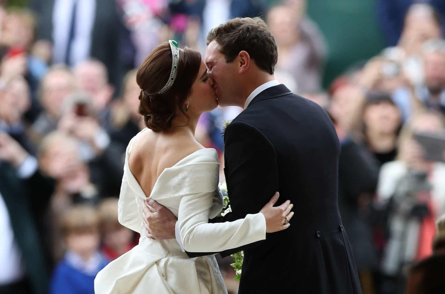 Royal Wedding of Princess Eugenie and Jack Brooksbank first kiss - Recapping the best and worst dressed guests at the royal wedding, as well as all of Princess Eugenie's dress, hair and makeup details.