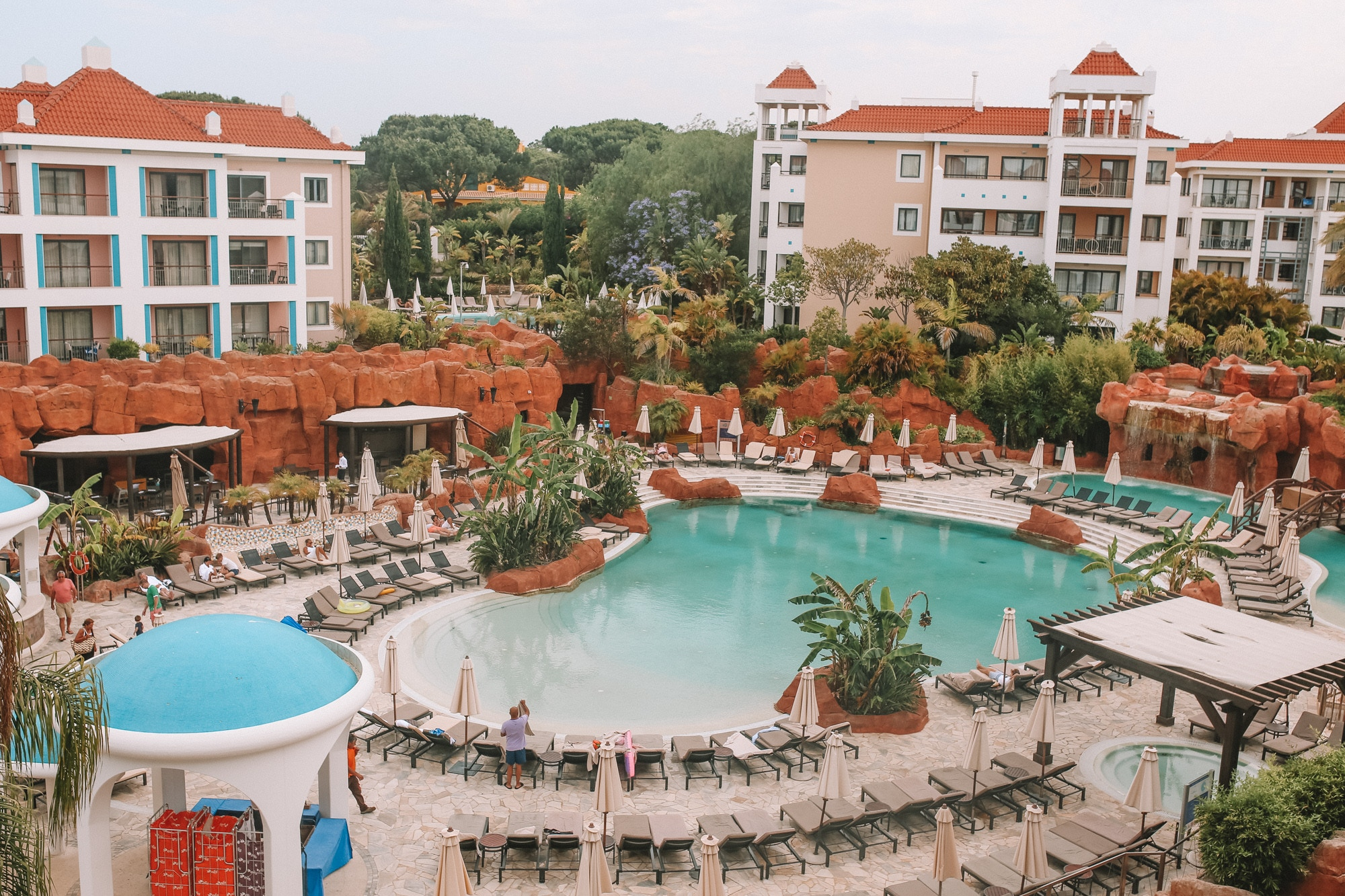 Hilton Vilamoura As Cascatas Golf Resort & Spa has six pools, pool bars, 5 restaurants and stunning gardens on the grounds. Read my full review of my stay at the luxury resort in the Algarve region.