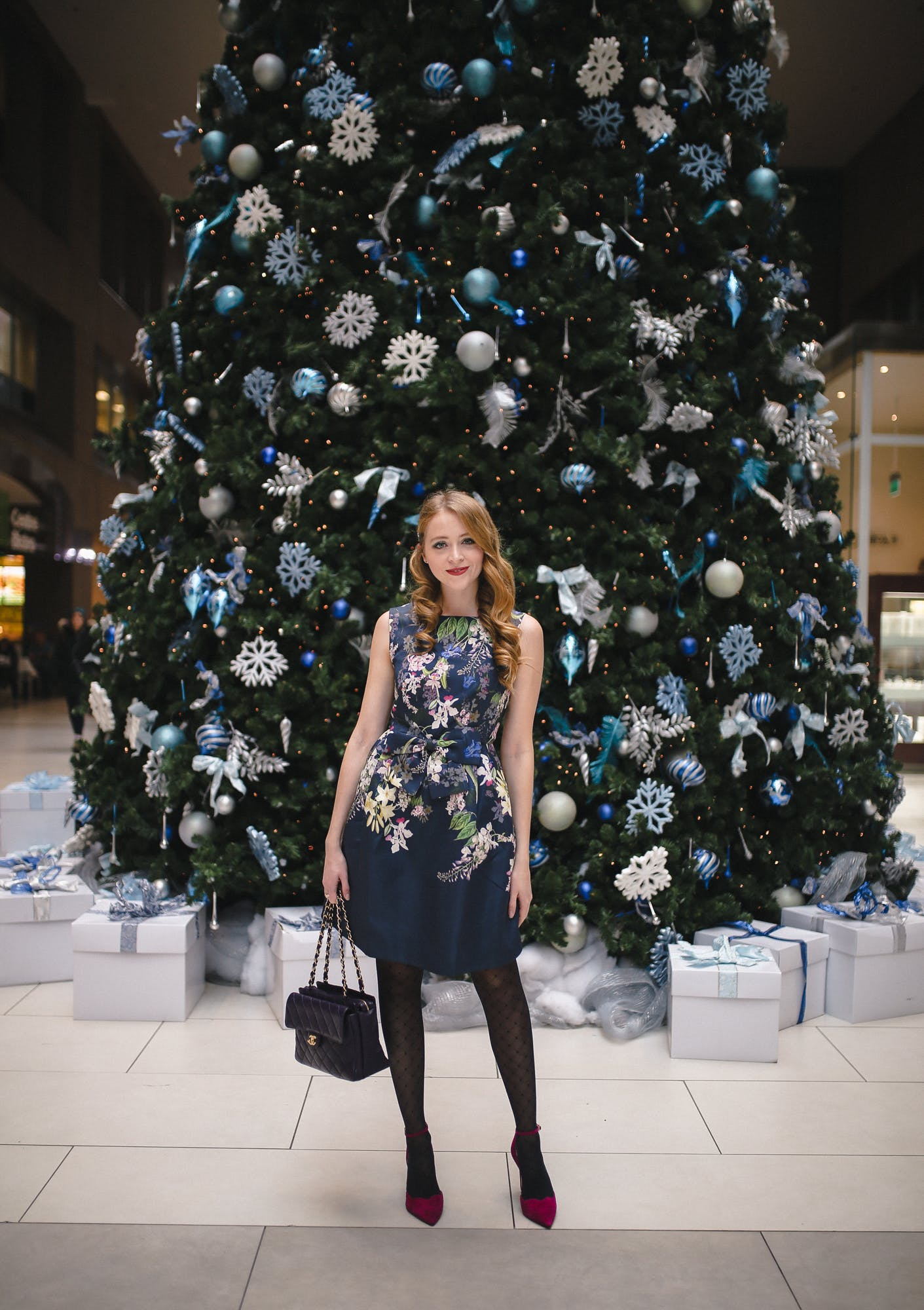 What I'm wearing for NYE: this chic Ted Baker floral dress pairs perfectly with the Pairus pump by Jessica Simpson from DSW.