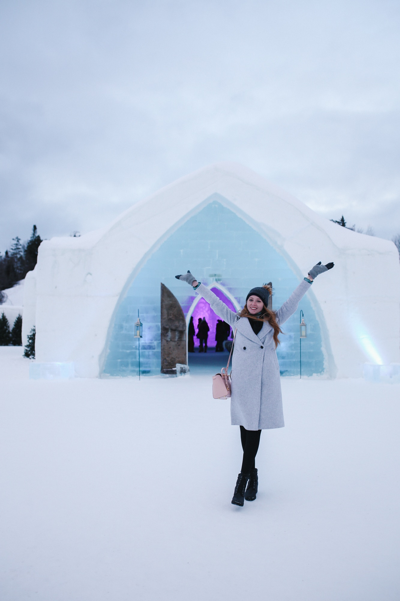 Top 10 Things to do in Quebec City in a weekend in winter: visit the Hotel de Glâce, an ice hotel located 40 minutes away and the only one in North America!