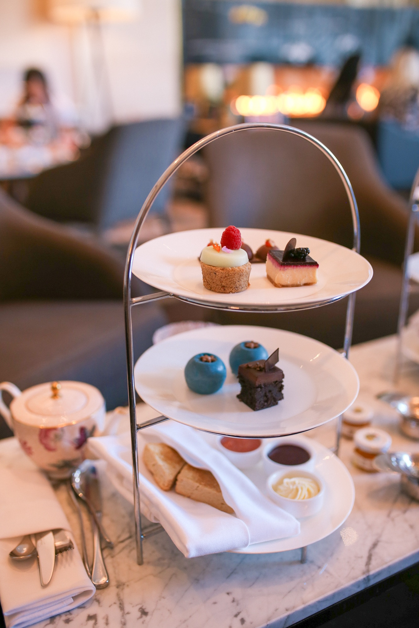 Gluten-free Afternoon High Tea at the Shangri-La.