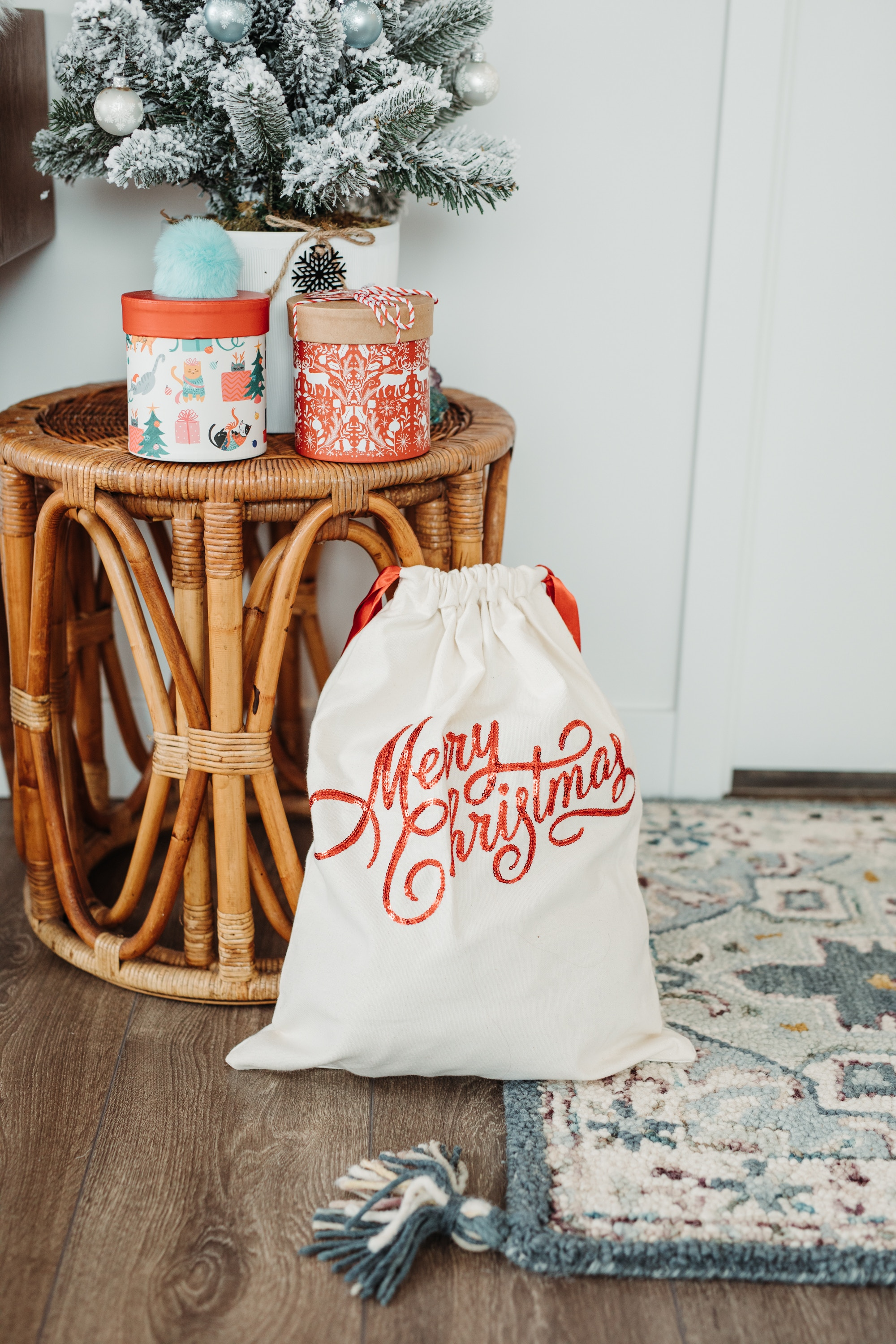 I love these mini christmas sacks for under the tree!