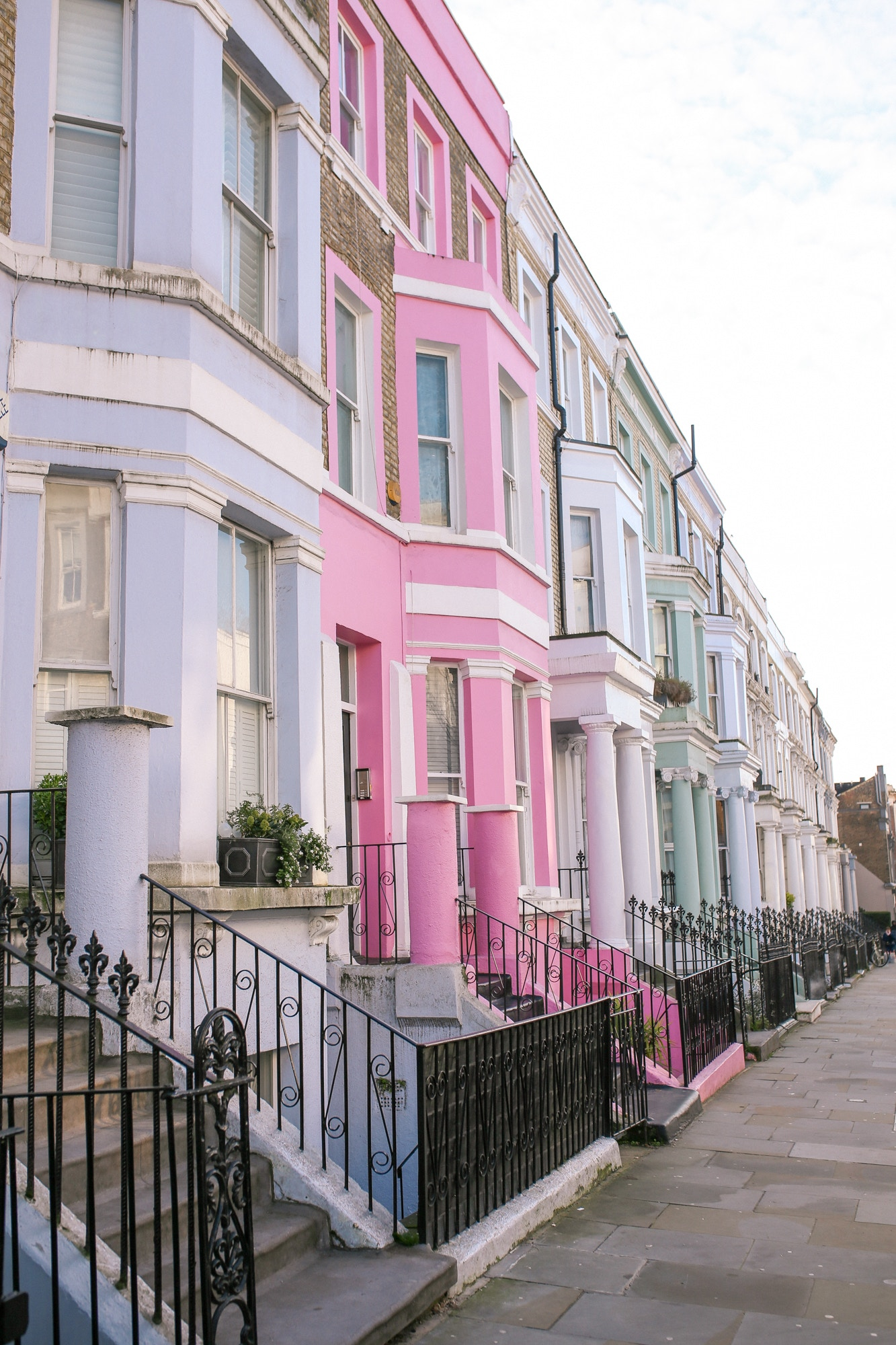 Notting Hill - the best pastel houses for Instagram photos.